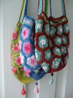 """African flower"" bags by MiA Inspiration, via Flickr"