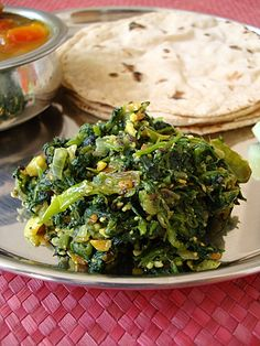Palakura Vepudu - Spinach Stir-fry Spinach Stir fry but with coconut flour tortillas (make paleo) Spinach Indian Recipes, Indian Food Recipes, Indian Vegetable Recipes, Indian Chutney Recipes, Curry Recipes, Vegetarian Recipes, Healthy Recipes, Vegetarian Cooking, Vegan Food