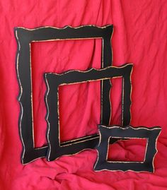 shabby shaped frames