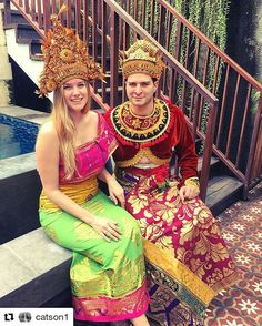 Are you ready for weekend holiday?  #Repost @catson1 with @repostapp ・・・ The Royals started their vacation in #Bali  #seminyak #balinesecostume #dressup #royals #vacationfun #indonesia #eatpraylove #horisonseminyak #fascinatingbali #explorebali #balicili #weekendinbali