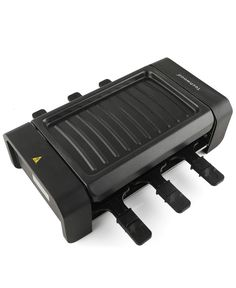 The portable raclette grill makes cooking fun, perfect for everyday use or raclette grill party.It fits well on counter-tops or small dining spaces and is perfect for times when there is no need for the large grill. Small Kitchen Appliances, Cool Kitchens, Indoor Electric Grill, Grill Plate, Grilled Meat, Small Dining, Countertops, Grilling