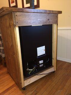 Homebrewing garage Danby Kegerator Cabinet Build - Home Brew Forums Outdoor Mini Fridge, Outdoor Refrigerator, Refrigerator Cabinet, Dorm Fridge, Fridge Decor, Beer Fridge, Built In Cabinets, Wood Cabinets, Mini Fridge Stand
