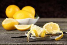 ¿Sabíais que la piel de limón posee propiedades nutricionales? Las cáscaras de limón contienen vitaminas, minerales y fibras –como calcio, potasio y vit
