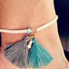 Foot bracelet with tassels and semi-precious swarovski beads.. summer mood..;)