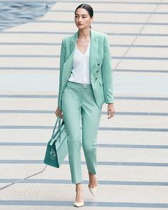 Office Fashion for Women - Business Outfits for Work Suit Fashion, Fashion Outfits, Womens Fashion, Fashion Top, Fashion 2017, Office Fashion, Work Fashion, Fashion Night, Style Fashion