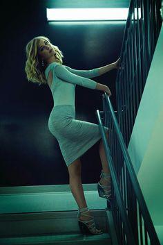 Emily VanCamp - Most Beautiful Girls Beautiful Celebrities, Beautiful Actresses, Gorgeous Women, Thalia, Emily Vancamp Hot, Emily Thorne, Sharon Carter, Canadian Actresses, Hot Actresses