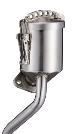 The INOX 356 OIL FILLER, the compact design to give a VW engine an extra breathing and also easy for oil filling.  The neck is sited on the CNC 6061 Aluminum Flange secured by M19 Hex key on the alternator stand.  With internal chamber design to separate the oil and air, which allow air to travel freely either to outside or back to carburetors.