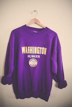 90's 80s College Sweatshirt University of Washington Huskies UW Purple Sweatshirt Oversized Slouchy Comfy Size Large by 7CitiesVintage on Etsy