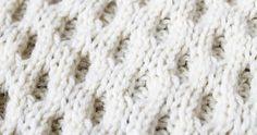 Kolmiulotteinen neulepinta neulotaan kuten palmikko. Knitting Stitches, Knitting Socks, Knitted Hats, Knitting Patterns, Shag Rug, Knit Crochet, Stuff To Do, Crafts, Lp