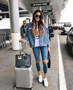 33 Airplane Outfits Ideas: How To Travel In Style Trendy Airplane Casual Outfit Ideas picture 5 Fall Outfits, Summer Outfits, Casual Outfits, Cute Outfits, Fashion Outfits, Womens Fashion, Travel Outfits, Travelling Outfits, Moda Outfits