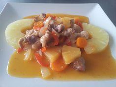 Cerdo con piña y Salsa agridulce Ver receta: http://www.mis-recetas.org/recetas/show/64701-cerdo-con-pina-y-salsa-agridulce