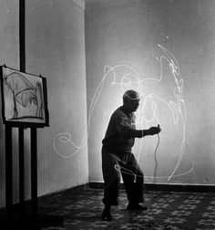 pablo picasso light drawing 1949.