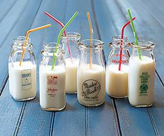vintage milk bottles...so cute!  Just imagine homeade smoothie and milkshakes!  xo
