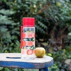 Vintage Apple Water Bottle | dotcomgiftshop