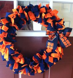 Chicago bears fleece wreath 15 by TickledPinkQuilts         Emily I thought of you when I saw these fleece wreaths :)