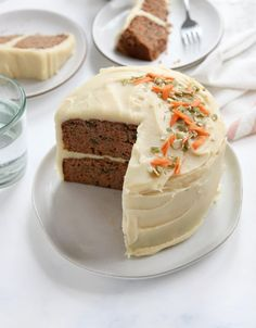 This healthy Carrot Cake is high in protein, made with gluten-free coconut flour. I love that it's grain-free and naturally-sweetened! #glutenfree #carrotcake #easter #easterrecipes #coconutflour #healthyrecipe #healthyrecipes #glutenfreerecipes #dairyfree #sweetpotato #healthydessert #detoxinista Healthy Frosting, Vegan Cream Cheese Frosting, Dairy Free Frosting, Frosting Recipes, Cake Recipes, Dessert Recipes, Quick Easy Desserts, Healthy Desserts, Coconut Recipes