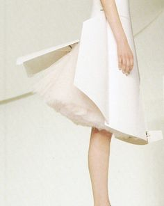 wink-smile-pout:  Hussein Chalayan Spring 2000