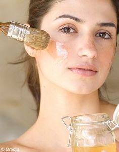 Recette n°4 : masque visage détoxifiant La peau de notre visage subit de nombreuses agressions, notamment à cause de la pollution. Il est bon de lui...