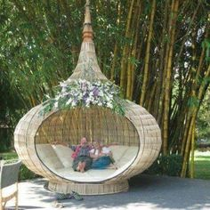 Backyard oasis – I find it funny how tired everyone is – these outdoor beds are… - Modern Outdoor Daybed, Outdoor Seating, Outdoor Spaces, Outdoor Living, Outdoor Decor, Outdoor Chairs, Garden Furniture, Outdoor Furniture, Weird Furniture