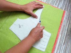 Le papier carbone pour marquer pinces,  coutures...