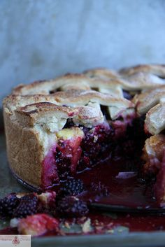 Deep Dish Blackberry Peach Pie by Heather Christo, via Flickr @Heather Creswell Christo