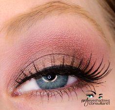 MAC eyeshadows used:  Satin Taupe (on lid, below crease) Star Violet (crease) Vanilla (blend)