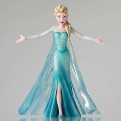 COUTURE DE FORCE 4049616 Elsa Cinematic Moment