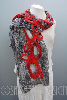 """Bezaubernder Seidenschal """"Dolly"""" von SASSAFRASDESIGN Extravagante, handgefertigte Modeaccessoires aus Wolle, Seide und Leinen, Schals, Taschen und Textilschmuck auf DaWanda.com"""