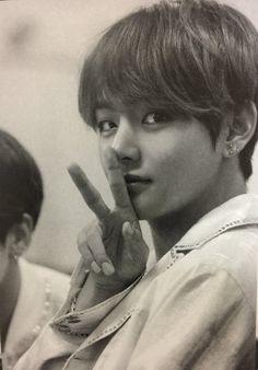 [Imagine] Bạn trai tôi là Kim Taehyung - Something never changes Bts Taehyung, Jimin, Namjoon, Bts Bangtan Boy, Hoseok, Daegu, Foto Bts, Kpop, Bts Kim