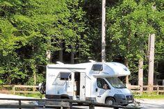 """Das Camping-Resort Allweglehen hat einen Stellplatz namens """"Mobiler Alpengenuss"""" angelegt, der sich direkt am Campingplatz befindet. Reisemobilsten können den Service des Resorts mitbenutzen."""