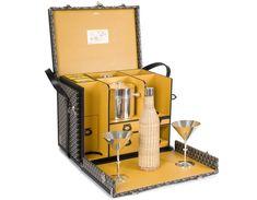La malle Martini de Goyard http://www.vogue.fr/vogue-hommes/mode/diaporama/la-malle-martini-de-goyard/19847