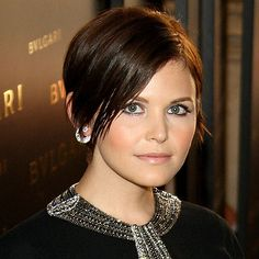Jennifer Goodwin could shave her head and still be gorge. She can do no wrong.