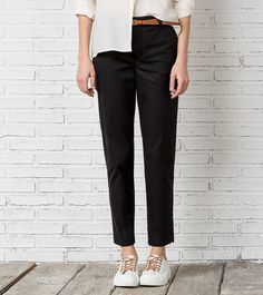 Calça chino (preto): SPRINGFIELD (19,99€) ✓