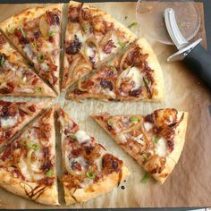 Carmelized Onion and Bacon Pizza with Fig Jam  #food #pizza #bacon