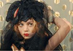 my little princess(2011)//Directed by Eva Ionesco//Starring Isavelle Huppert(Hanah)/Anamaria Vartolomei(Violetta)//ヴィオレッタ
