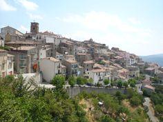 «Bocchigliero, che raggiunsi subito dopo, è ubicato sulle montagne qualche lega più avanti; si tratta di un nucleo abitato pressoché desolato, di cui la Calabria è piena...» - See more at: http://www.viaggioincalabria.it/luogo/provincia-di-cosenza/bocchigliero/bocchigliero-che-raggiunsi/#sthash.clmWsO6Y.dpuf