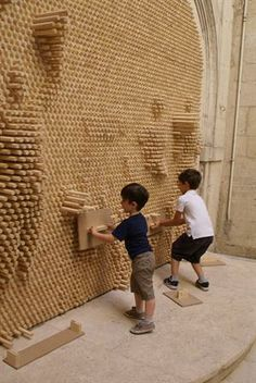 Installations in Montpellier for the Festival of Lively Architectures
