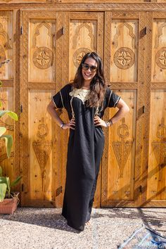 How to Dress in Morocco - Morocc Dress Code The Hostel Girl 4