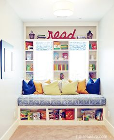 House of Turquoise- kids playroom reading nook Reading Nook Kids, Reading Room, Childrens Reading Corner, Reading Areas, Children Reading, Kid Spaces, Small Spaces, Space Kids, House Of Turquoise