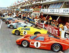 1967- Sur la grille de départ. Au premier plan la Ford Gt 40 MkIV de Gurne/Foyt qui remporteront la victoire.