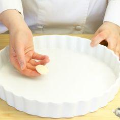 pastel de patata al horno bacon nata paso a paso Tostadas, Pie Dish, Dory, Tapas, Bacon, Menu, Cooking Recipes, Kitchen, Pancetta