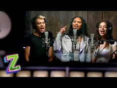 """🎶 Check out the ZOMBIES 2 cast singing """"Flesh & Bone"""" in the recording booth, rehearsing this epic declaration, an. Disney Princess Quotes, Disney Songs, Disney Quotes, Disney Movies, Zombie Disney, Zombie 2, Hottest Female Celebrities, Girl Celebrities, Meg Donnelly"""