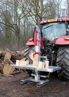 PROFORGE Tractor Log Splitter Tonne) Hydraulic Tractor Mounted Log Splitter with Table. Mounts with 3 point linkage. 8n Ford Tractor, Compact Tractor Attachments, Welding Bench, Tractor Weights, Stackable Storage Boxes, Tractor Accessories, Wood Mill, Log Splitter, Tractor Implements