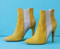 STEFANEL Vintage bright yellow suede leather high stiletto