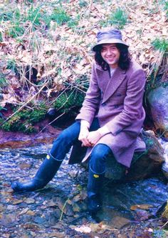 Jimmy Page at Bron-Yr-Aur, 1970. He looks like a happy fisherman