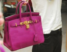 if i ever one day am lucky enough to own one... i want it in THIS color!!!!  HERMES BIRKIN
