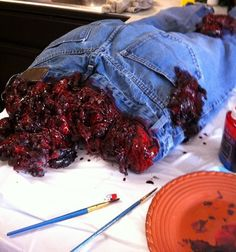 great horizontal prop for a walking dead party from Halloween Forum member pumpkinpie! Love the paint job on the guts!!!