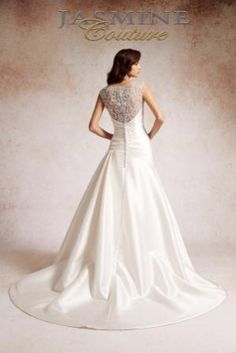 Style:  T152055.  Back of gown.