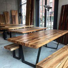 Showroom Holzwerk-Hamburg #wood #table #interior #insta #design #loft#architecture #furniture #showroom #holzwerkhamburg #hamburg #berlin #esstisch #massivholztisch #holztisch