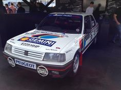 Peugeot 309 - Colin McRae Photo via: @TomGreggors